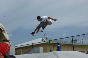 M E H S I Skateboarding